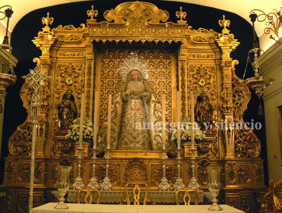Virgen de la Estrella vestida de blanco