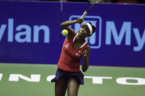 Venus WIlliams returns a serve in the women's doubles match. The Kastles would win that set 5-2. Zach Montellaro | Hatchet Staff Photographer