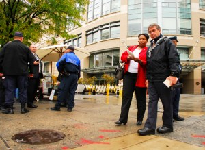 A stabbing outside the Foggy Bottom Metro station caused long lines for commuters. Becky Crowder | Hatchet photographer