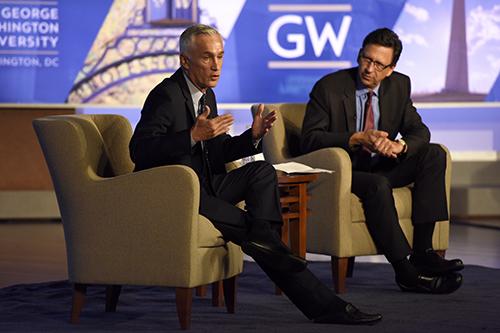 Journalist Jorge Ramos sat down with SMPA director Frank Sesno to discuss politics. Craig Hudson | Hatchet Photographer