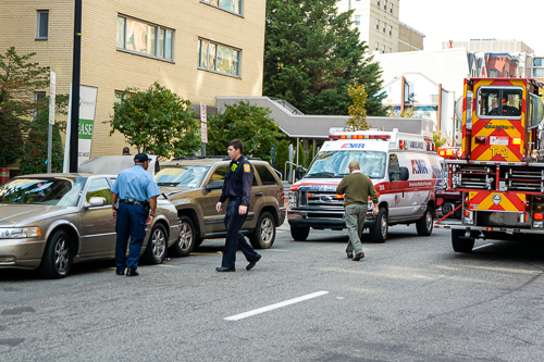 Police responded to a car accident at the corners of 21st and F streets Thursday morning. Sam Hardgrove|Assistant Photo Editor.