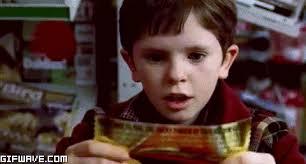 """Freddie Highmore en el film """"Charlie y la fábrica de Chocolates"""""""