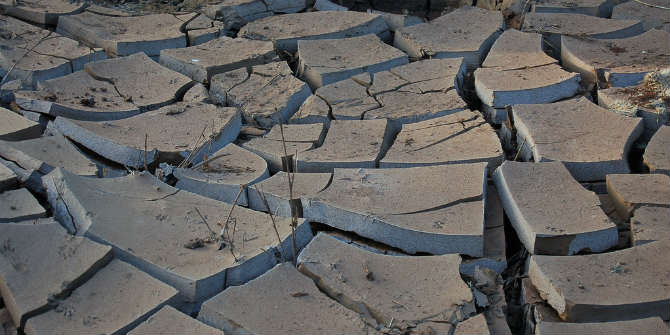 A dry river bed in Kenya following drought Credit: Shever via Flickr (http://bit.ly/1JbBC1b)  CC BY NC-ND 2.0