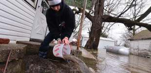 Central Illinois hammered with rain and flood water