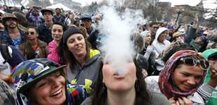 Smoke-out on 4/20 marks pot holiday across the U.S.
