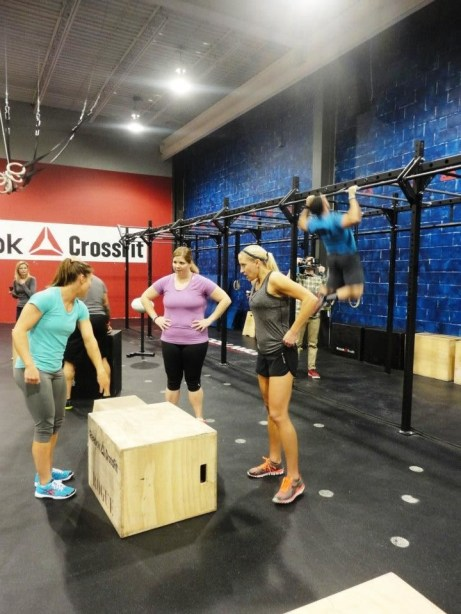 Reebok_CrossFit_ONE_box-jumps