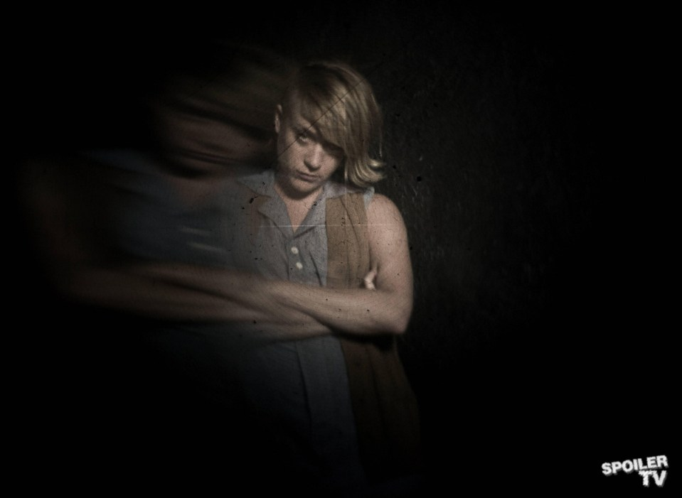 FX-AHS-Chloe-Distortions_0112F_1_FULL