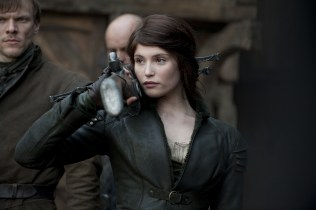 4-Hansel and Gretel Witch Hunters