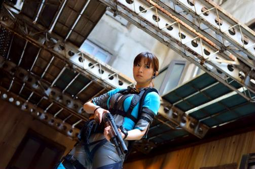 jill_valentine_cosplay___resident_evil_revelations_by_daran_h-d5z1ycb