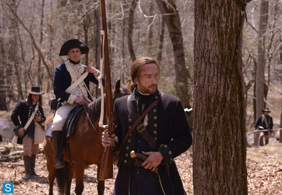 Sleepy Hollow – Episode 1.01 – Pilot – Full Set of Promotional Photos (5)_FULL