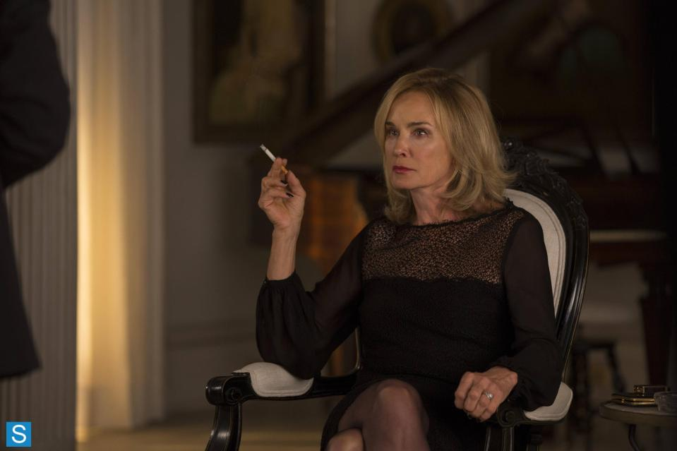 American Horror Story – Episode 3.04 – Fearful Pranks Ensue – Promotional Photos (14)_FULL