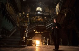 FILM STILL - CRIMSON PEAK -