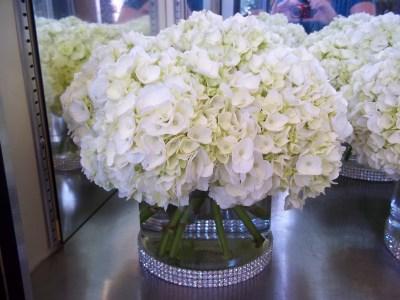 Hydrangea Centerpiece with Rhinestone Sash | Wedding Style