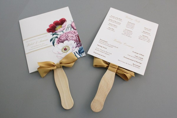 A Round Up of Free Wedding Fan Programs! - B Lovely Events