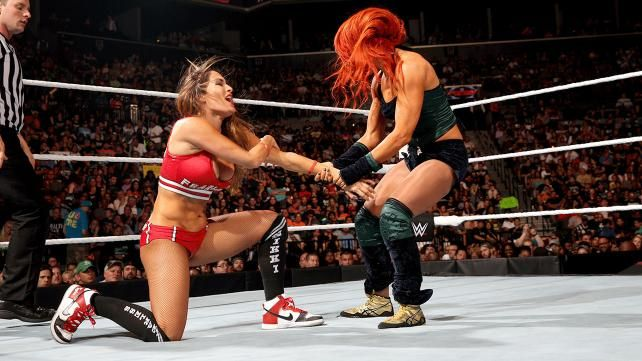 Wwe Nikki Bella Paige And Others Complain About Brooklyn