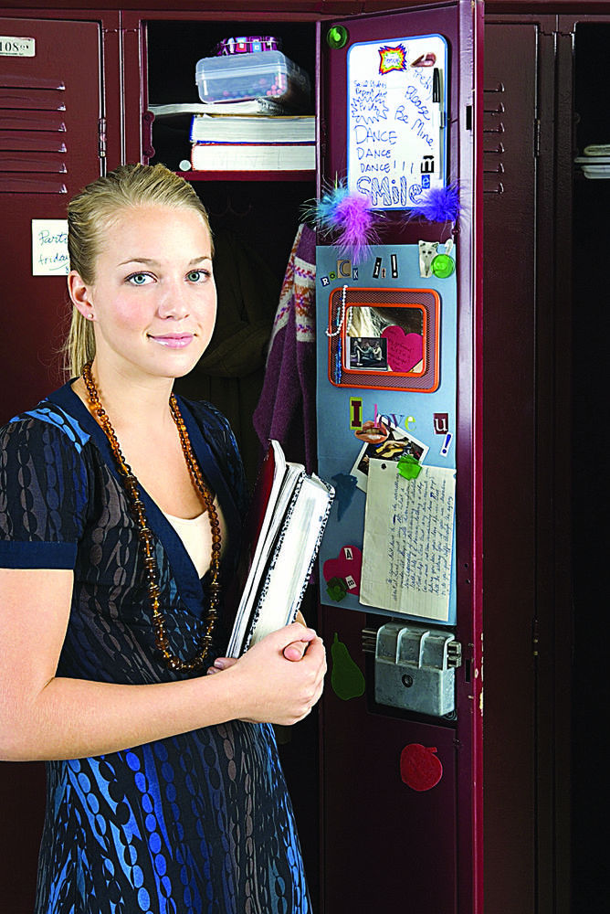 Paper Girls Wallpaper Students Put Personality On Display In School Lockers