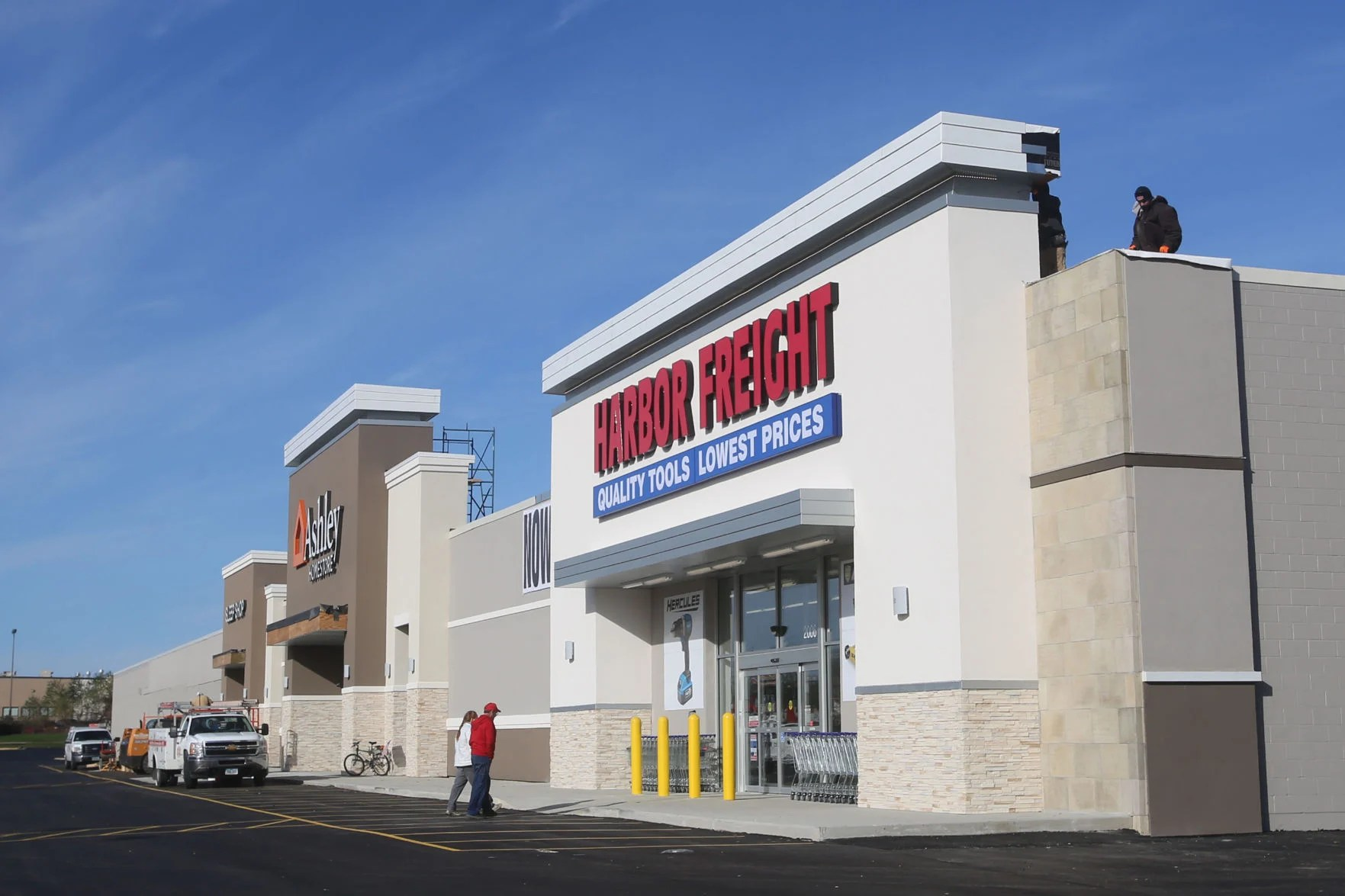 Garage Flooring Harbor Freight Harbor Freight Now Open In Mason City Ashley Furniture To Open
