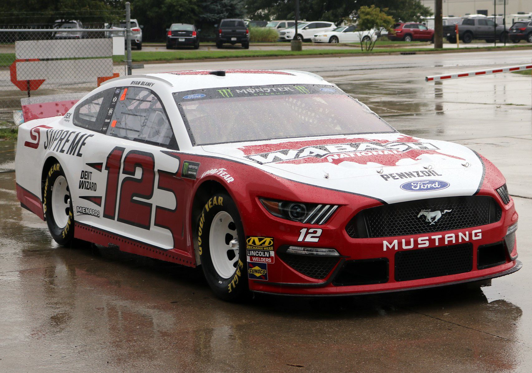 Vehicle Manufacturers In Nascar Nascar Car Makes Pit Stop At Wabash National In Goshen