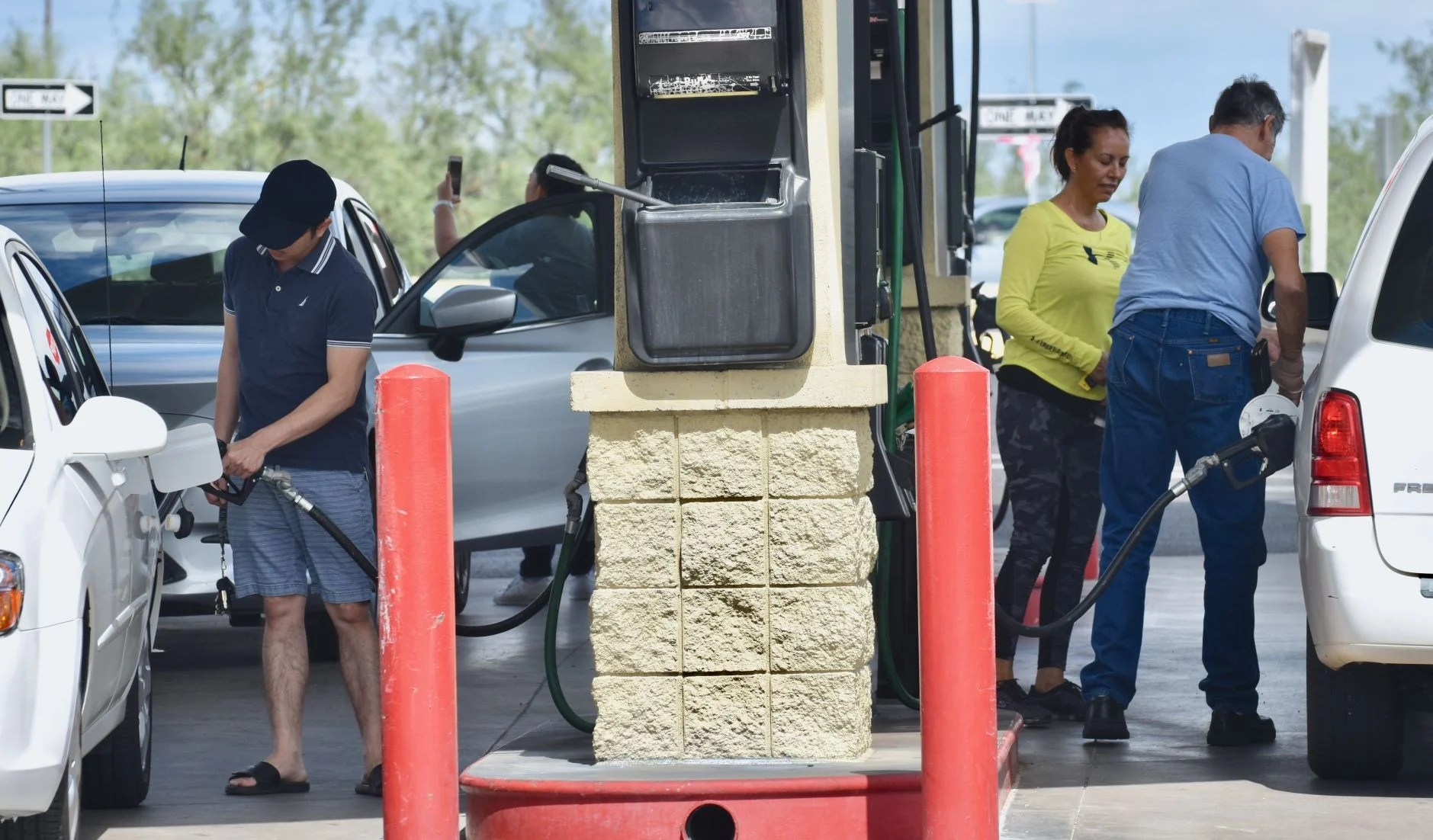 Garage Floor Coating Tucson Cost Filled Up Gas Price Variances Generate Outrage But Few Official