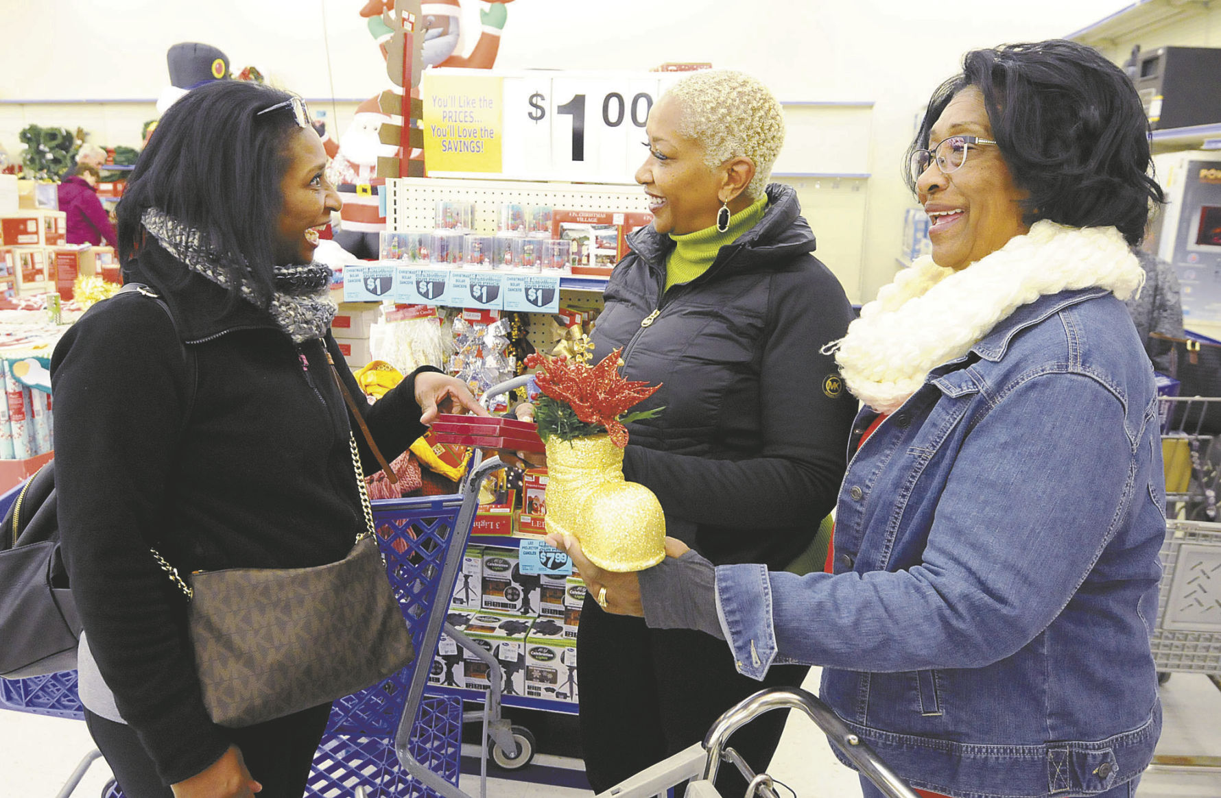 Black Friday Shopping Steady Foot Traffic Helps Drive Black Friday Sales Business