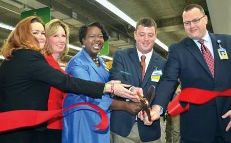 Walmart Opens \u0027Urban-Format\u0027 Store in Tysons Corner news/fairfax