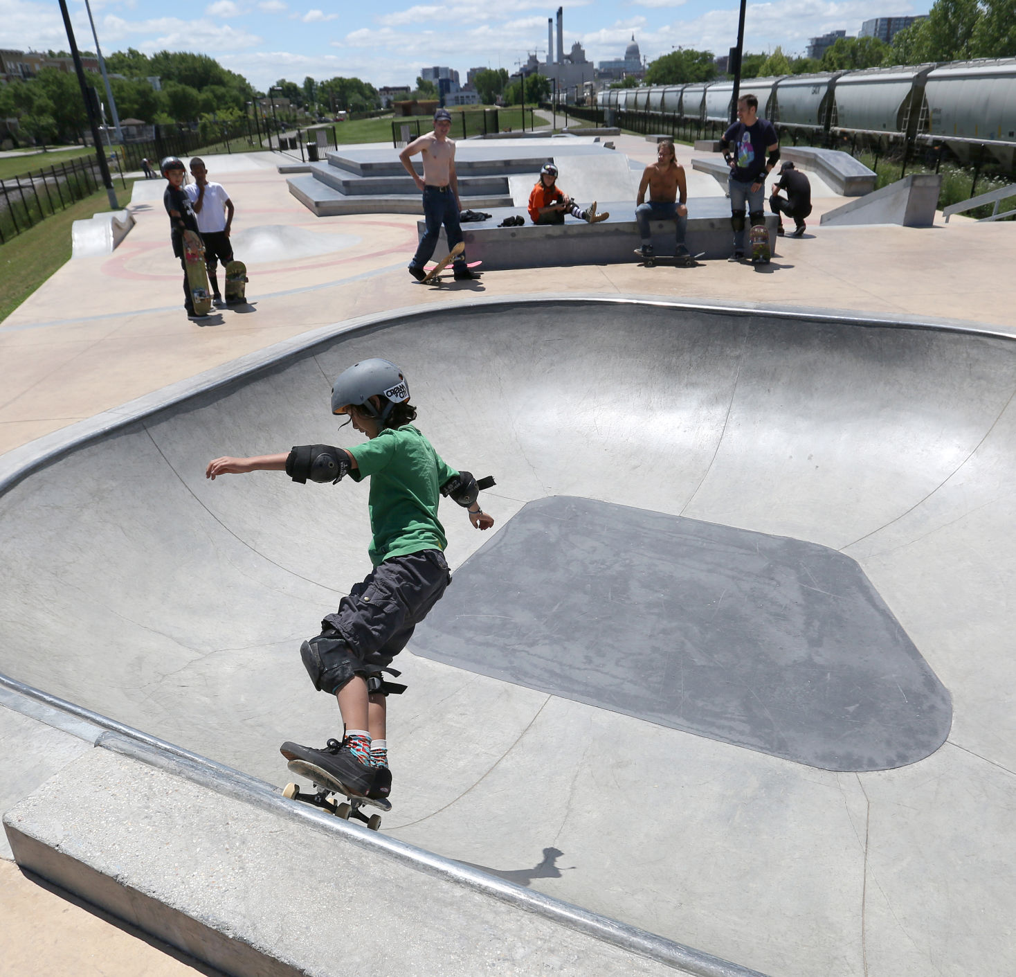 Handson Kweekkas Serre Photos Shredding At The Goodman Skatepark Local News Madison