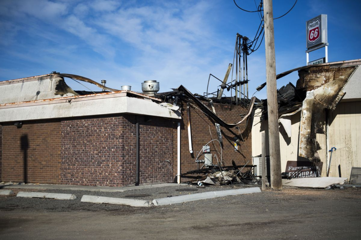 Restaurant Farmhouse Chicago Fire Causes Extensive Damage To Farmhouse Restaurant In