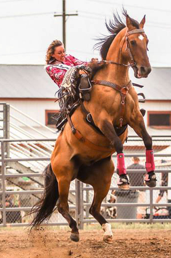 Girl Riding Horse Wallpaper Rodeo Queen Starts Off Rodeo With Exciting Ride State
