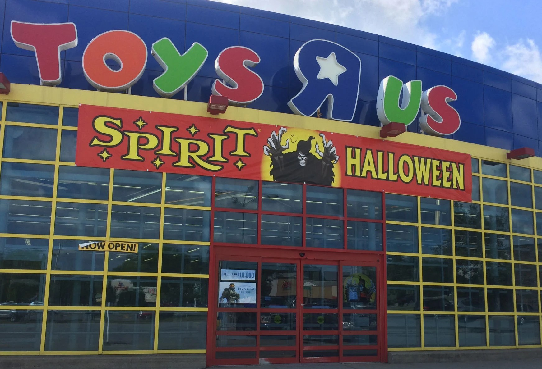 Spirit Halloween Opens At Old Toys R Us Store Local
