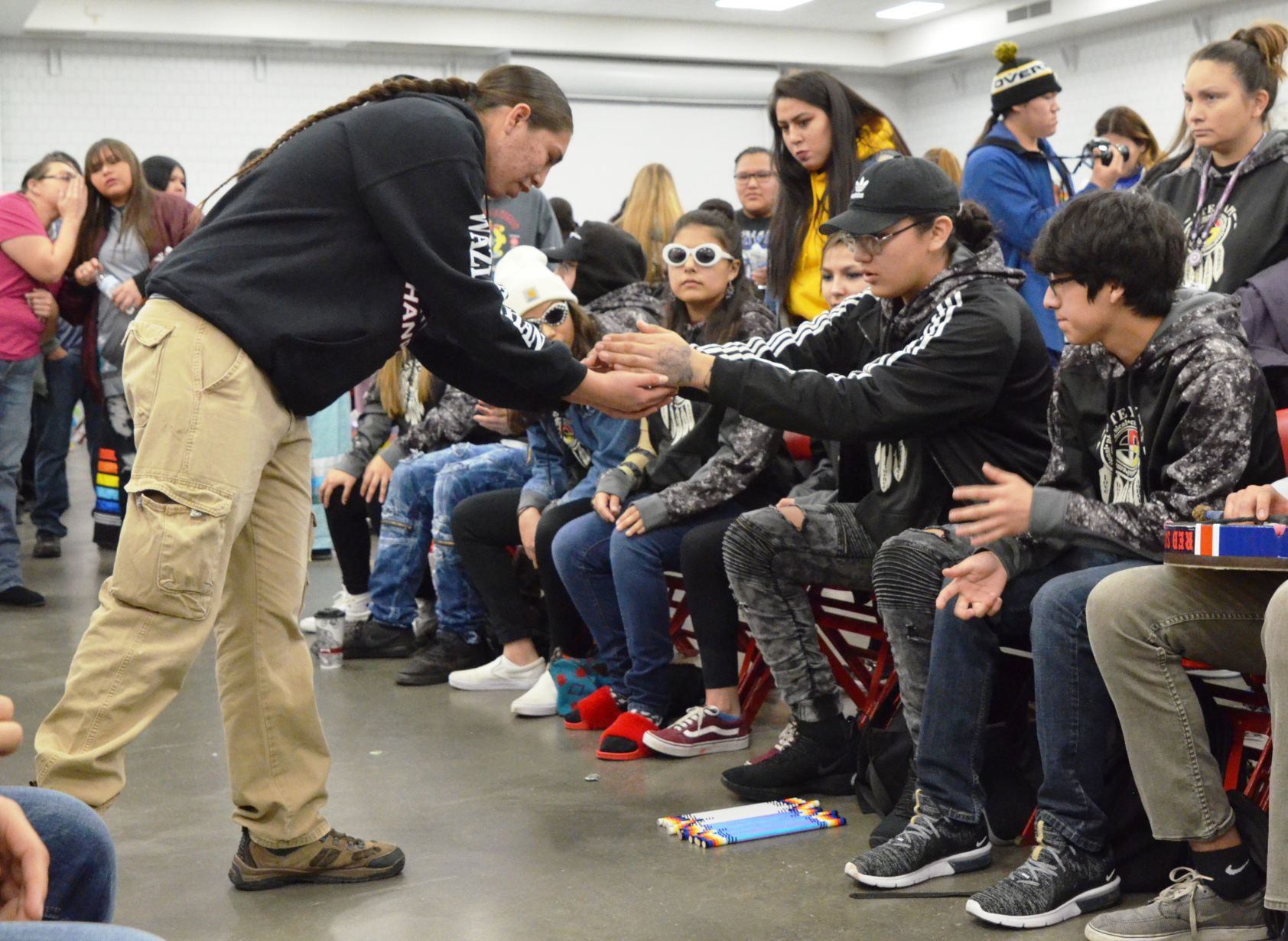 Garage Games Invitational Hand Games Tournament Keeps Alive Lakota Tradition Local