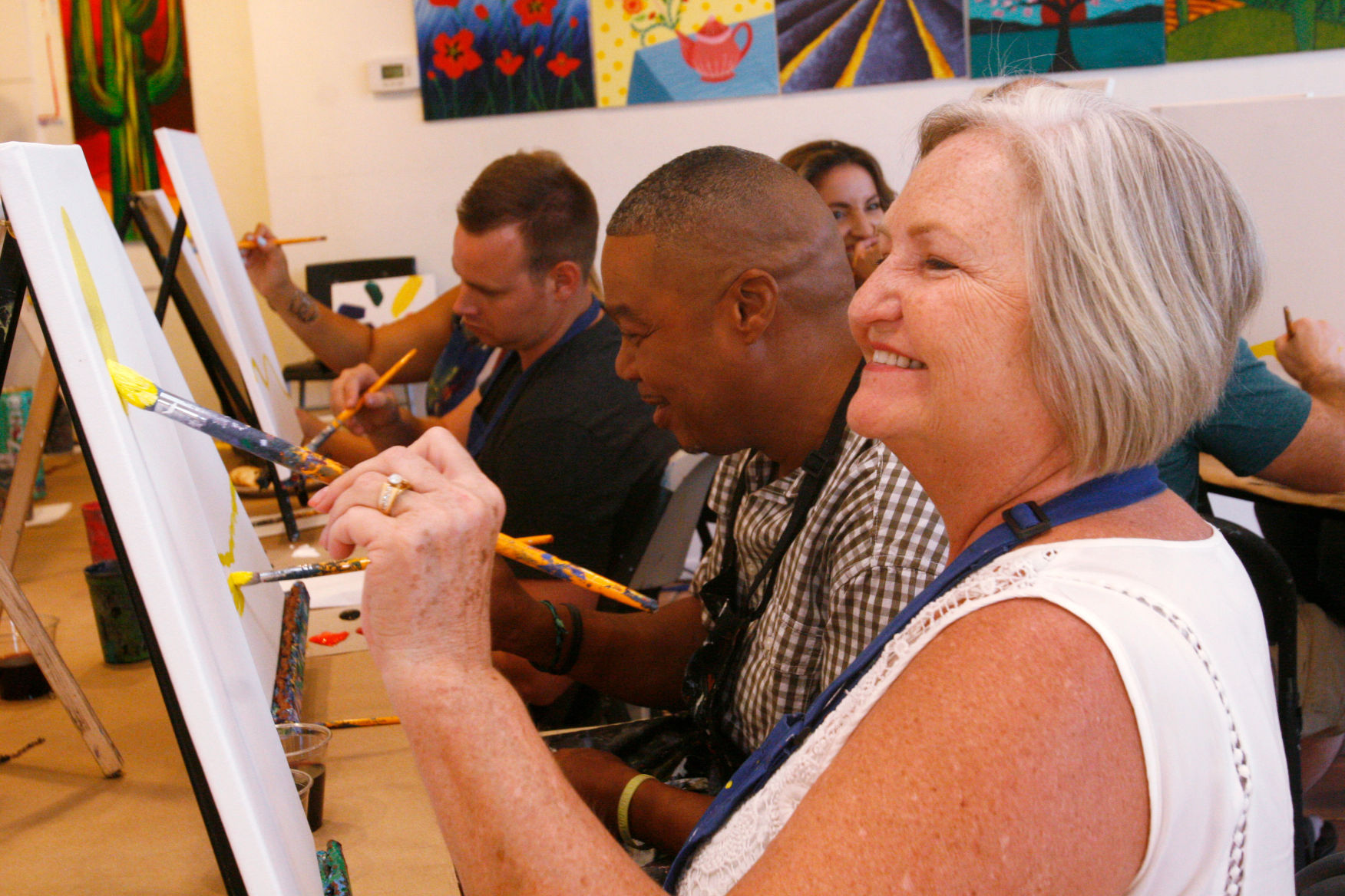 Arte Bella Tucson Az Unleash Your Inner Artist With Your Friends While You Drink And