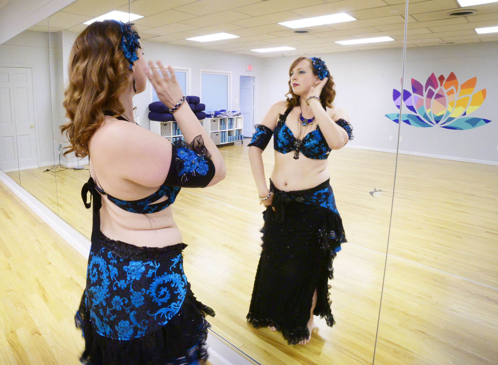 The Arts Online Belly Dance Instructor Lindsey Mccormick Arts - Belly Dance