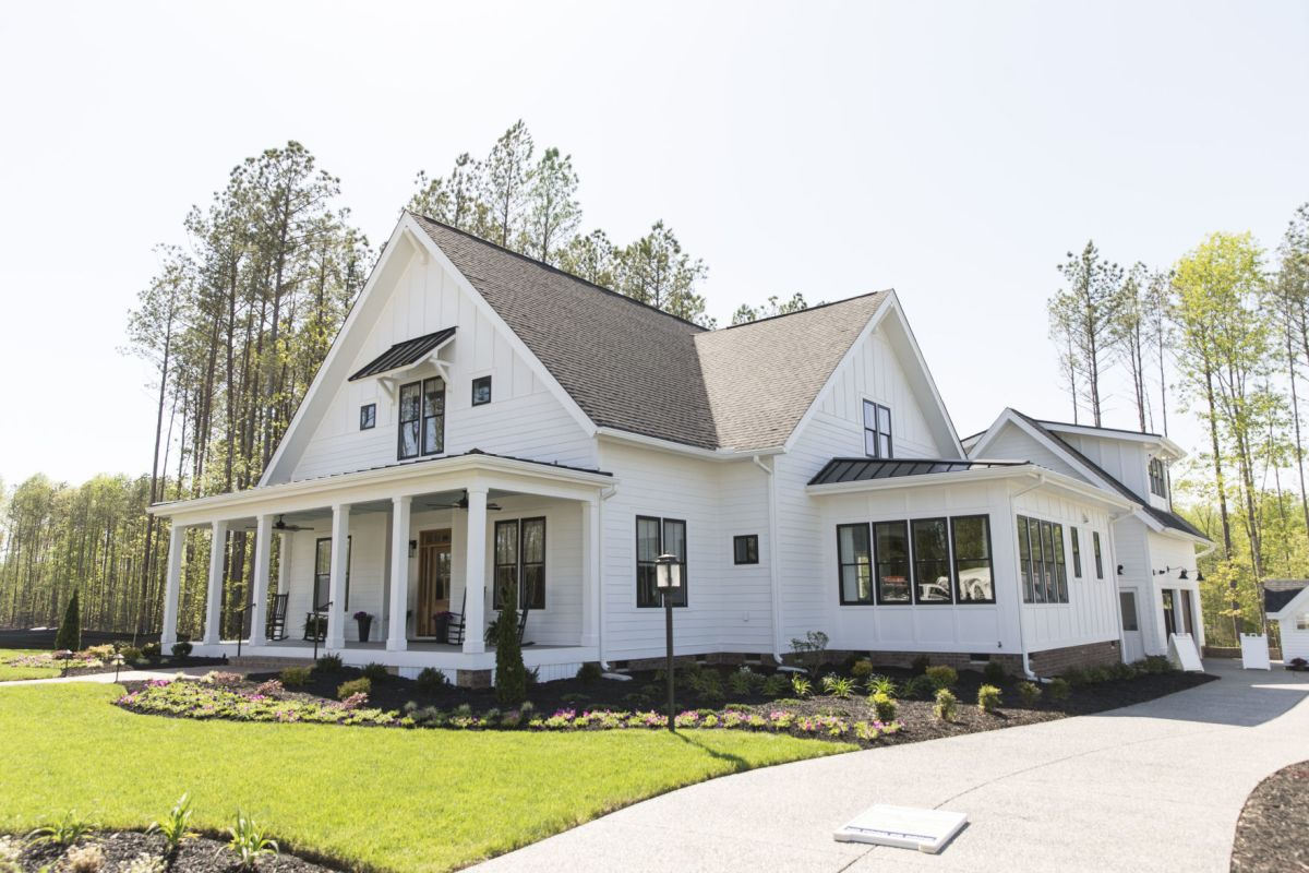 Richmond Signature Homes Farmhouse Plans Southern Style Homes Farmhouses And Outdoor Entertaining