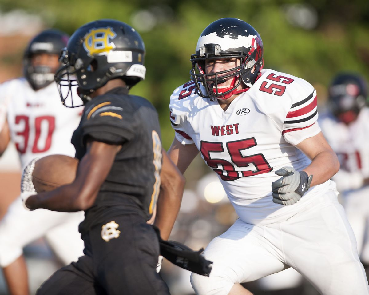 Roundup Hazelwood West Cruises Past Riverview Gardens