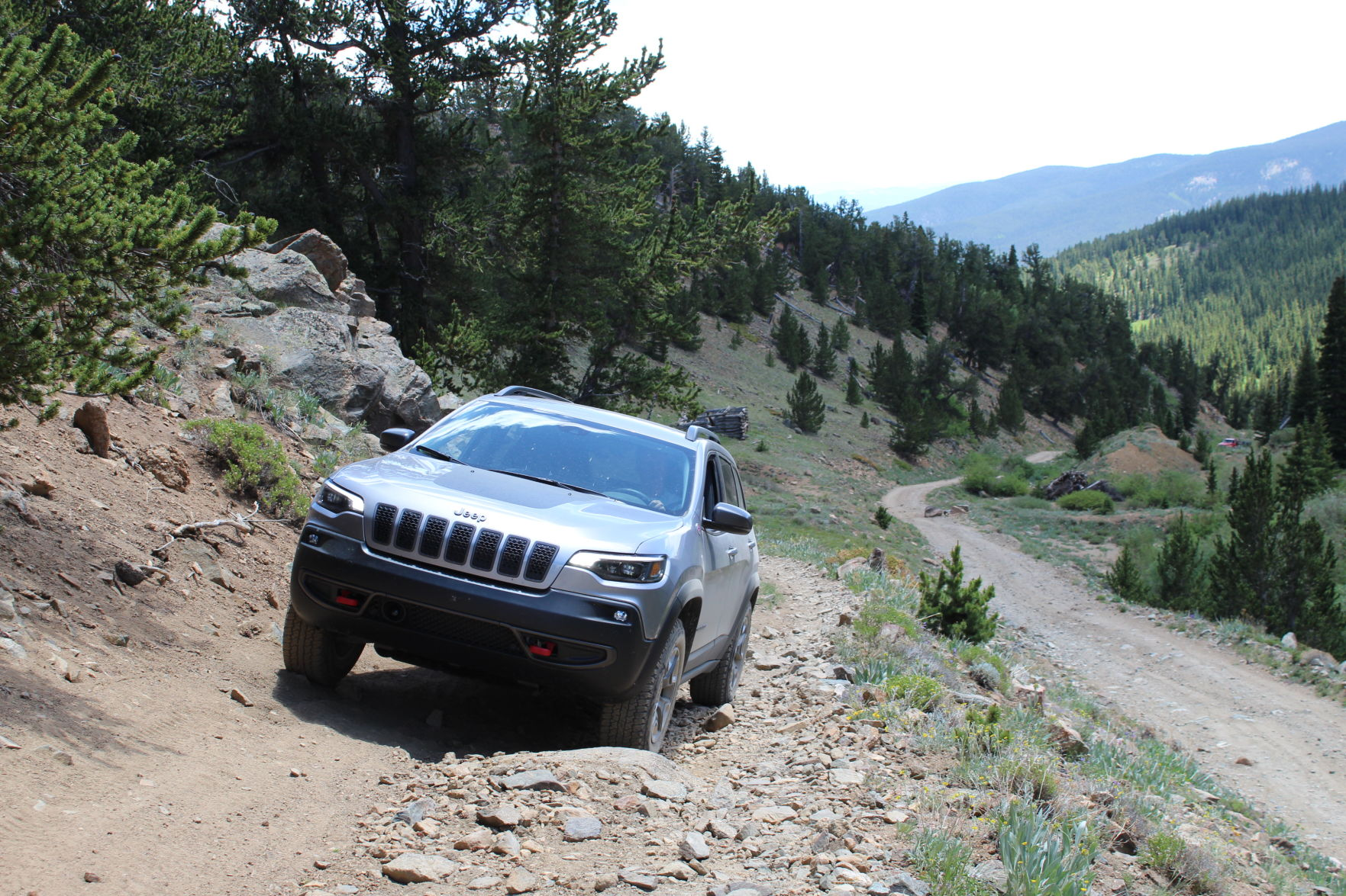 Jeep Trails 2019 Jeep Cherokee Trailhawk Mountain 4x4 Trails Prove Nothing In