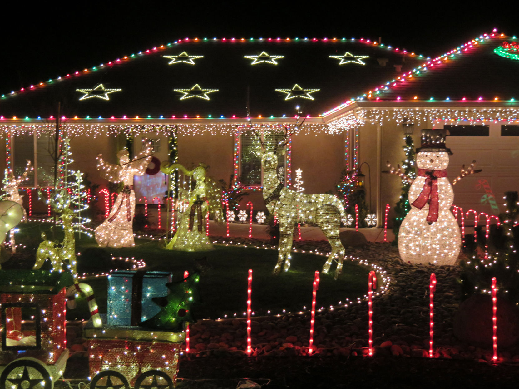 Best Place For Christmas Decorations Find The Best Lights Announcing The Winners Of Our Annual