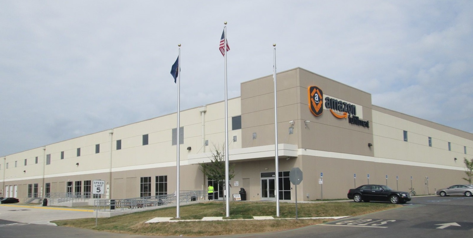 Amazon.yd Blue Rock Delivers Warehouse Distribution Center To Amazon