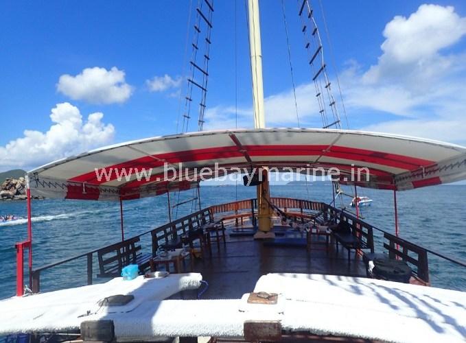 tai-pan-party-boat-pattaya-thailand-1