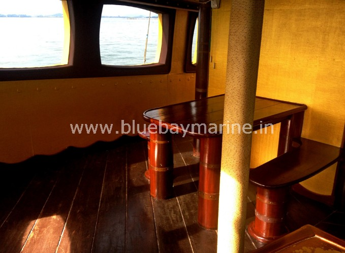 tai-pan-party-boat-pattaya-thailand-5