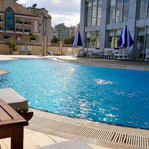antalya yüzme havuzu konyaaltı sahilde oteller blue garden hotel (20)