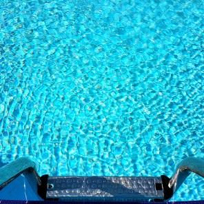 antalya yüzme havuzu konyaaltı sahilde oteller blue garden hotel (22)