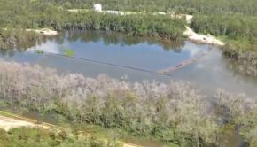 Louisiana Sinkhole 21 Aug 2013