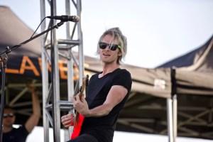 Jackie Lee @ MuscleKingz Car Show & Concert at SilverLakes Sports Complex July 1, 2017    Atmosphere. Photo by Derrick K. Lee, Esq. (@Methodman13) for www.BlurredCulture.com.