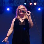 """Ann Powers at NPR's """"Turning The Tables"""" @ Damrosch Park 7/26/17. Photo by Vivian Wang (@Lithophyte) for www.BlurredCulture.com."""