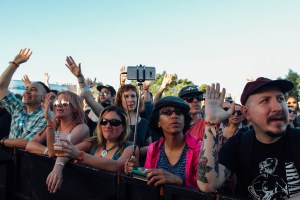 Atmosphere at Music Tastes Good 2017. Photo by Hector Vergara (@theHextron) for www.BlurredCulture.com.
