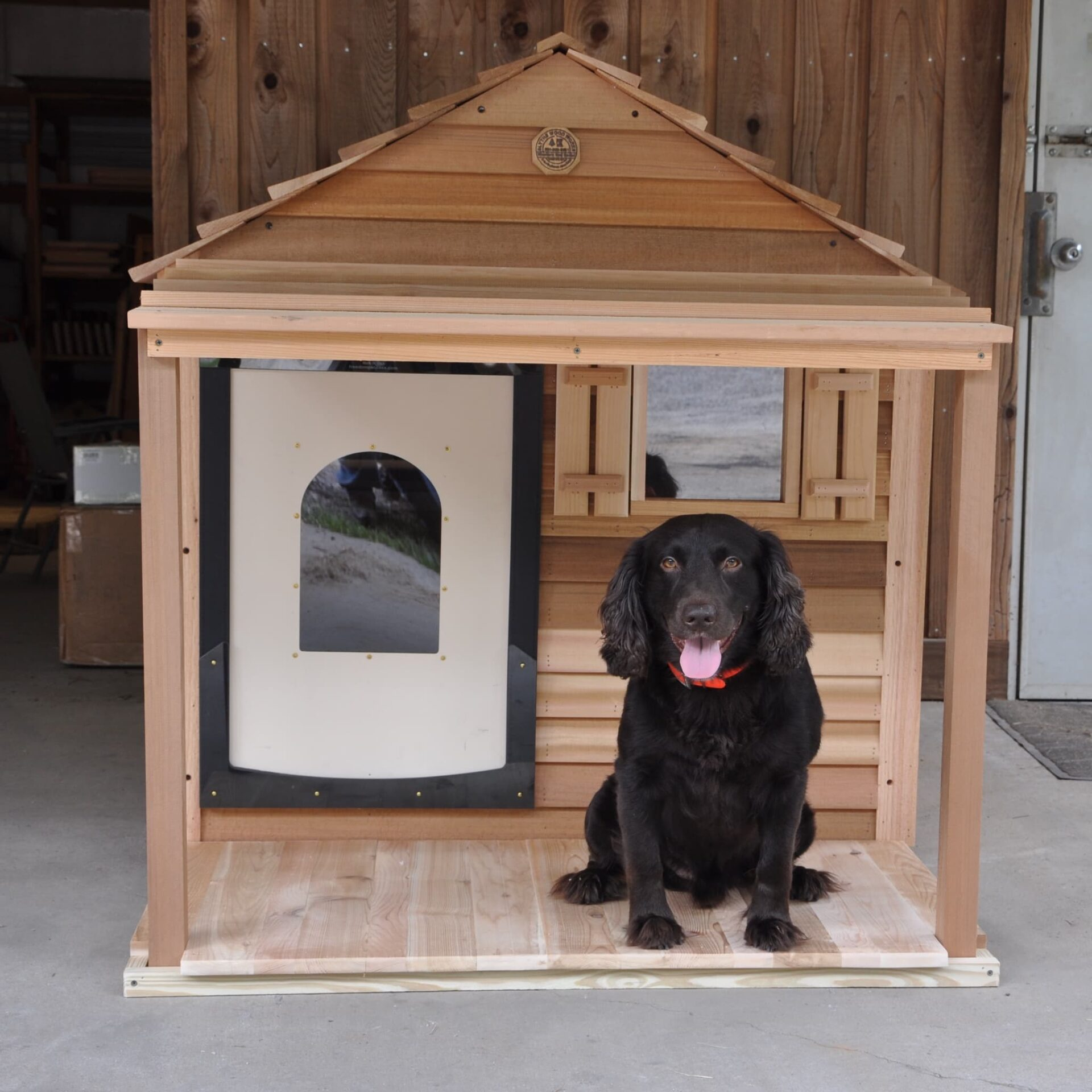 Dog House Extra Large Dog House