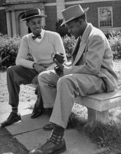 1950 Black Fashion