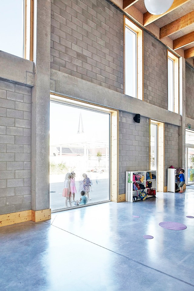 bo-architecture-de-knipoog-tollembeek-binnenspeelruimte-e