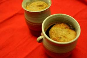 Devilled ale in cups.