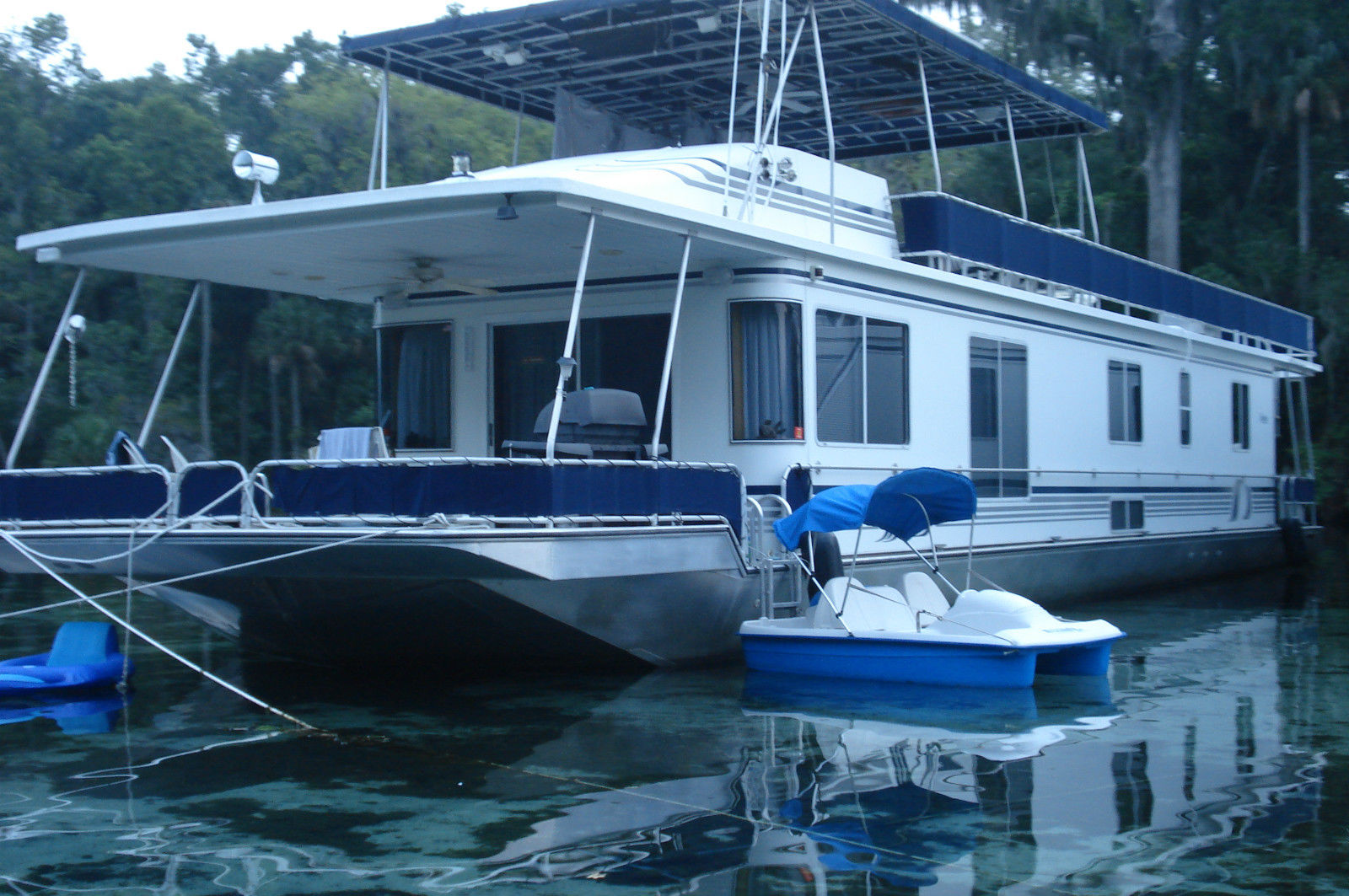 1000 Images About Houseboat On Pinterest Auto Electrical Wiring Florida Building Diagram House Boats For Sale 28